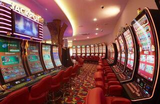 slot machine bonuses